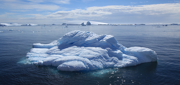 Scientists claim that Antarctic ice melt could raise sea levels by half a metre by the end of the century. (Photo credit: Liam Quinn, flickr)