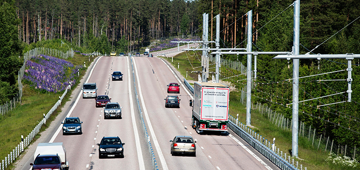 An electric road in Sweden turns trucks into trams. The country aims to reduce its C02 emissions from freight transport to zero by 2030. (Image credit: Scania, Tobias Ohls/Creative Commons)