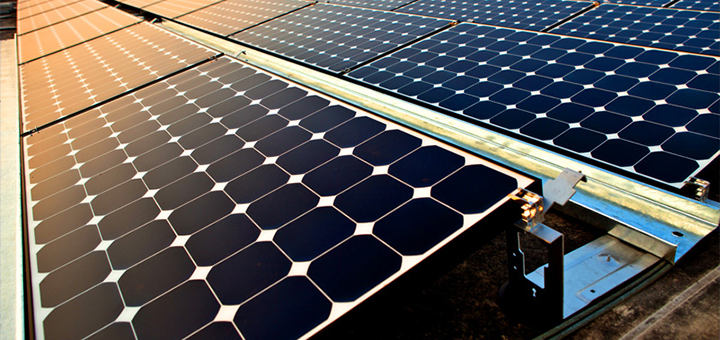 More and more American companies are turning to renewable energy, including big players such as Apple, Google and Walmart. (Image credit: Intel Free Press, flickr/Creative Commons)